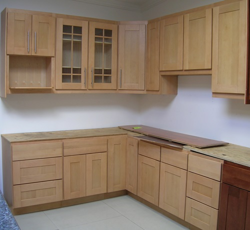 Wood kitchen Cabinet Choice