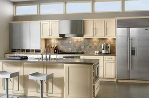 Amazing tips on decorating a small kitchen