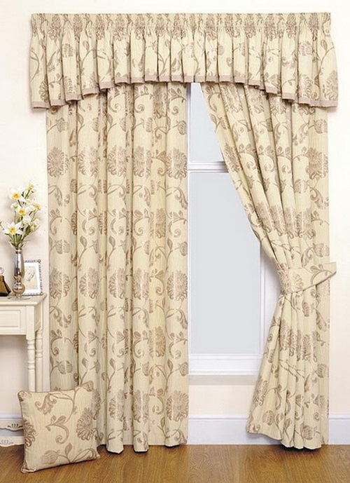 Room Curtains in Modern Houses