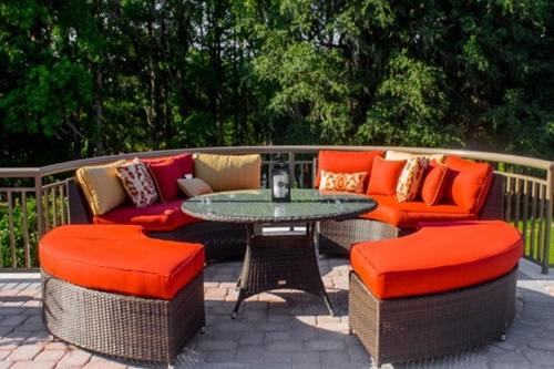 The perfect fabric for your outdoor furniture