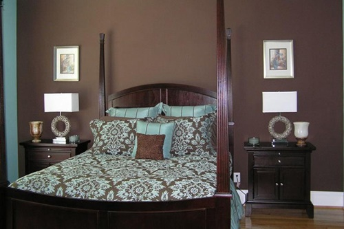 Tricks to Make a Small Master Bedroom Look Exuberant!