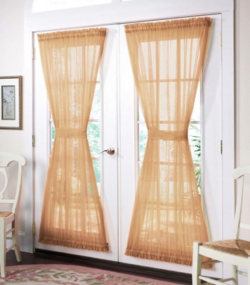 Ideas for the Bamboo Beaded Door Curtains of your Traditional Decorated Home