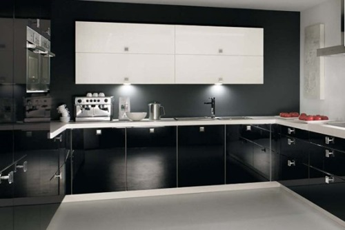 5 Great Tips for Decorating Black and White Modern Kitchens