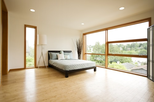 The Pros and Cons of installing an Oak Flooring