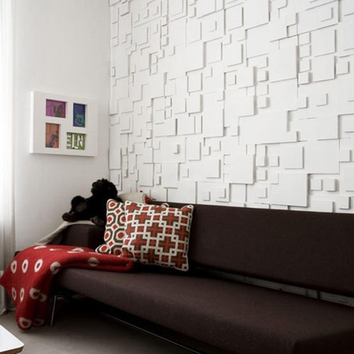 Creative Ways to Decorate a Blank White Wall