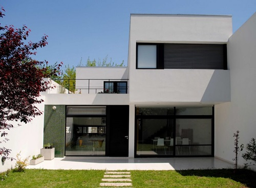 How to Paint the Exterior Façade of Your Home