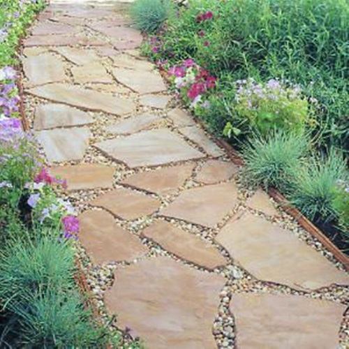 Inexpensive and Amazing Methods to Create an Outdoor Pathway