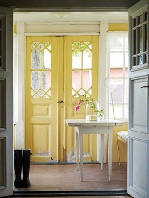 Creative Ways to Reuse Your Old Screen Door