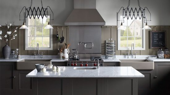 Pick a perfect kitchen sink to enhance your kitchen look and functionality