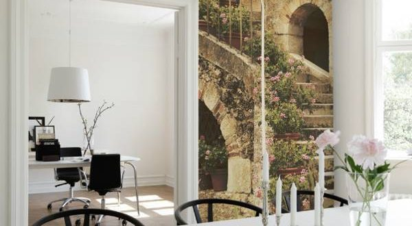 Enhance your home beauty by a classic wallpaper design