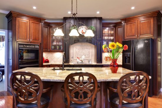 your kitchen look with a bright and alive design