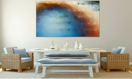Get more attention and catchy view by creating unique walls decor