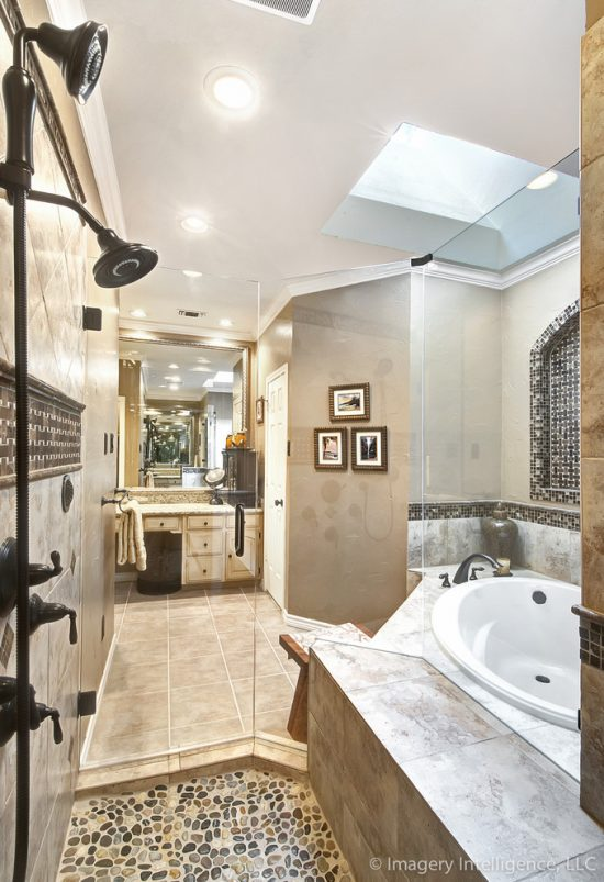 Creative Bathroom Remodeling Tips Inspired from Elite Remodeling Team