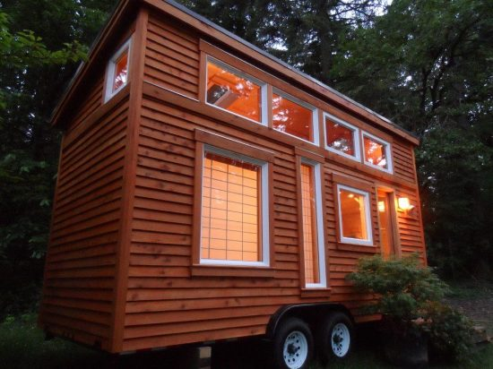 Enjoy your vacations by getting new 2016 designs of mobile houses