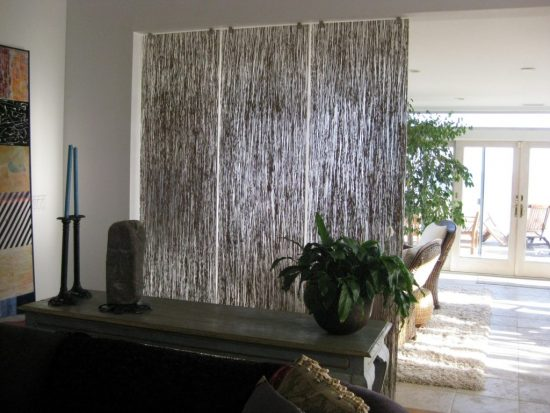 How to Improve How Your Place Looks with Modern Room Dividers